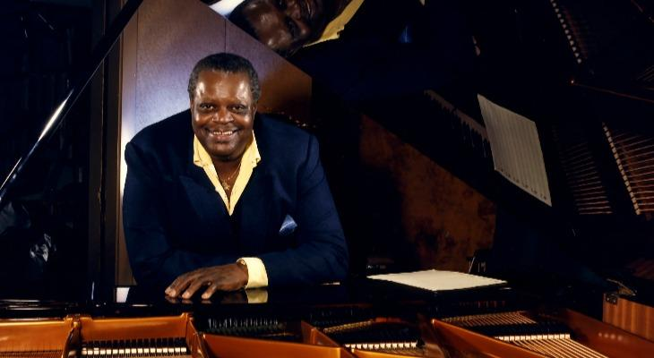 Oscar Peterson with piano