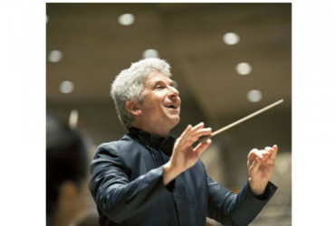 Peter Oundjian conducts the Royal Conservatory Orchestra